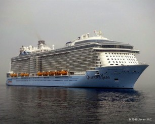 ovation of the seas (2)